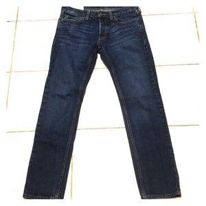 Hollister Men's Dark Wash  Straight Leg  Jeans